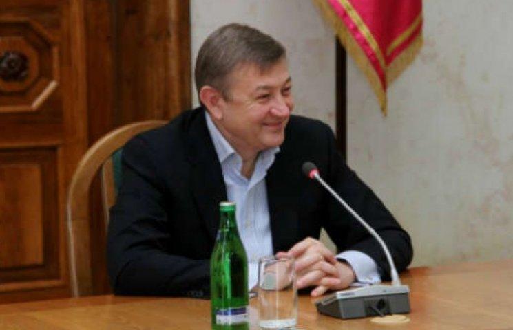 Чернов заробляє вчетверо більше Райніна - декларація