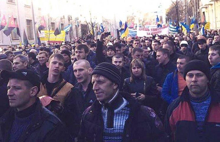Шахтарі погрожують паралізувати рух в центрі Києва