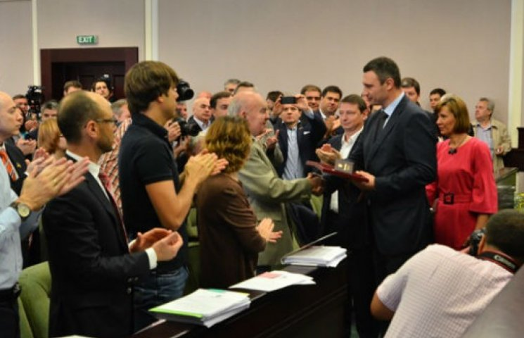 Утриманці киян. Депутати Київради з`їдають 40 мільйонів на рік