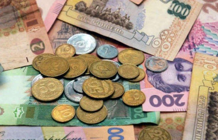 Офіційний курс гривні продовжує знижуватися