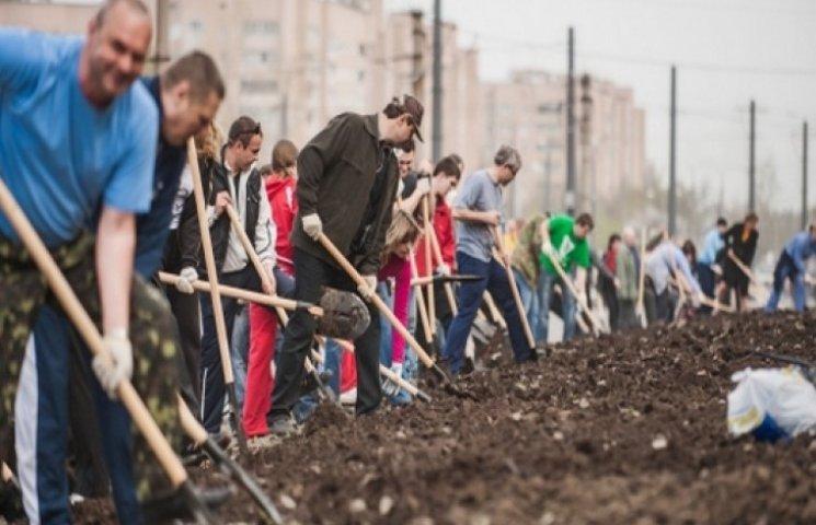 """У Харкові планують """"генеральне прибирання"""""""