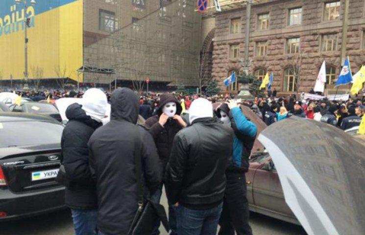 """Путін запускає в Києві """"білий драйв"""" до 9 травня (СХЕМА)"""