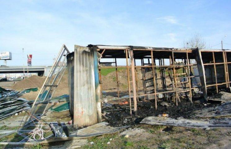 Як виглядає скандальна забудова на Осокорках після вчорашніх сутичок (ФОТО)