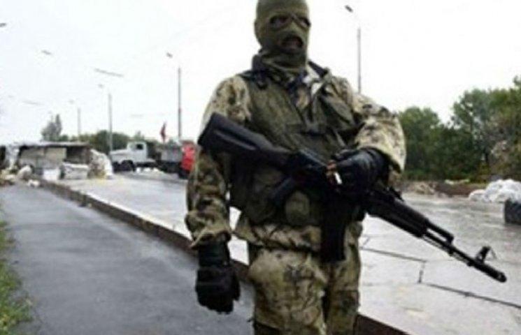 """Стрілок """"ЛНР"""" втік від бойовиків і здався українським правоохоронцям"""