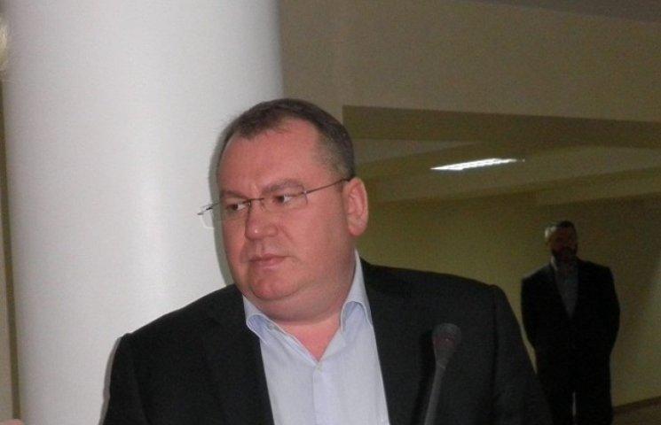 """На першій прес-конференції голова ДніпрОДА виправдовувався за призначення своїм радником екс-""""регіонала"""""""