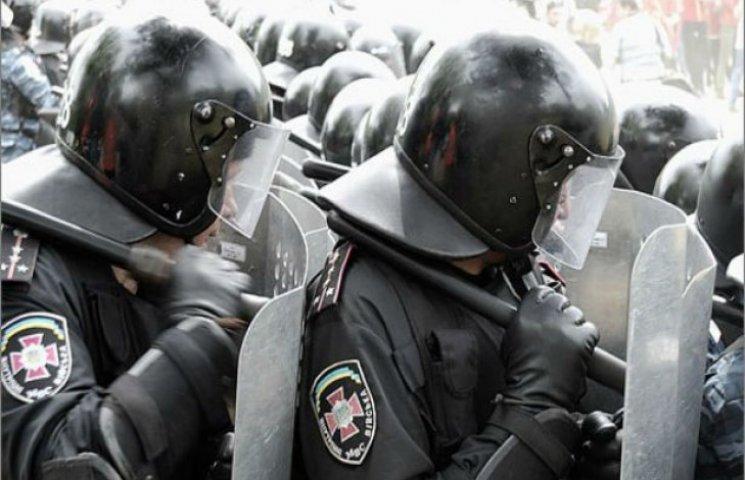 Сумська міліція: На травневі свята краще мирно садити картоплю