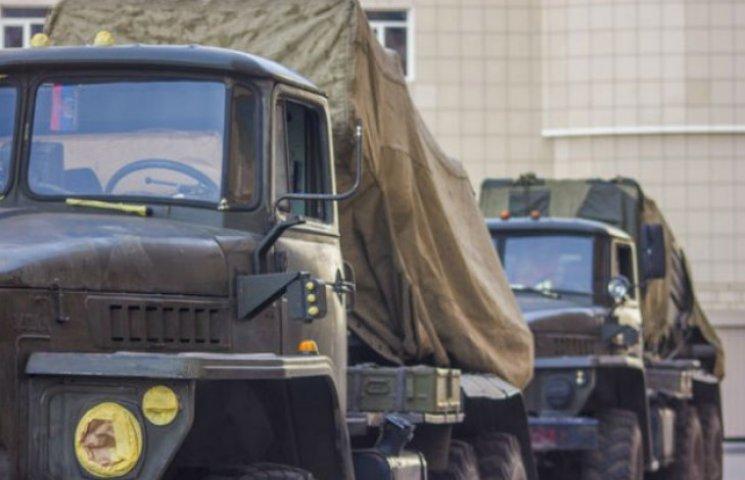 Яку техніку бойовики покажуть на параді в Донецьку (ФОТОРЕПОРТАЖ)