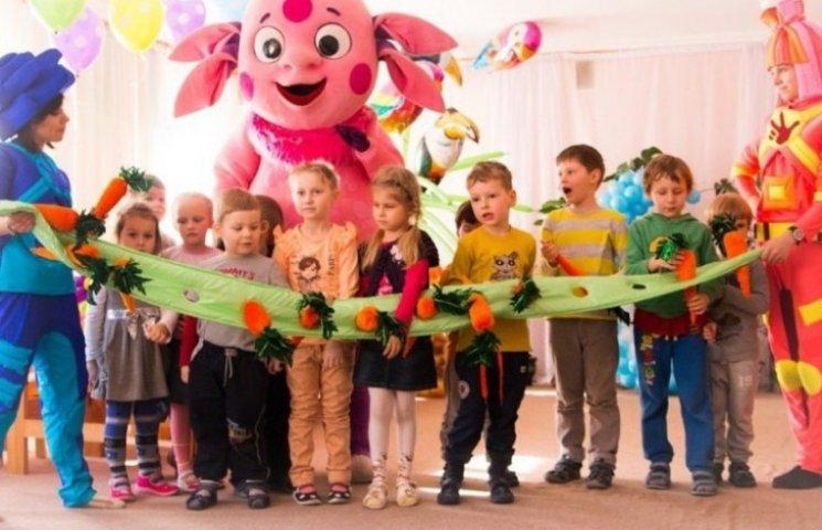 """У Миколаєві батьки хочуть проводити """"кастиг"""" творчих колективів для шкіл і дитсадків"""