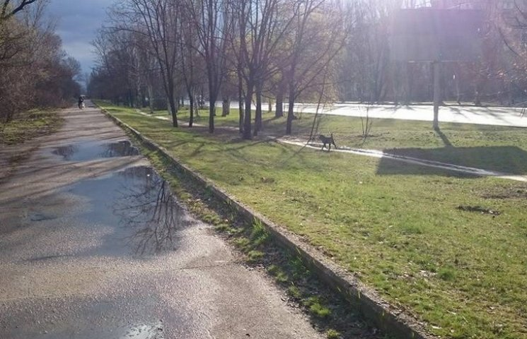 У Дніпропетровську сьогодні дощ, град і сніг