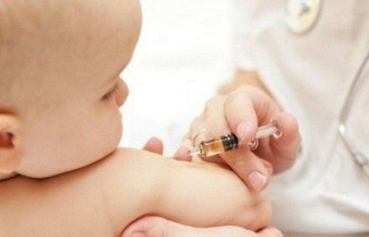 У Вінницьких лікарнях закінчились вакцини від туберкульозу