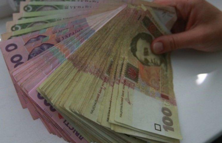 """На Миколаївщині """"накрили"""" конвертцентр, що заробив понад 30 мільйонів доларів"""
