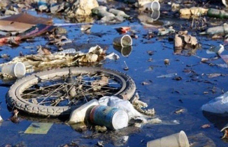 Півсотні вінничан оштрафували за забруднення річок