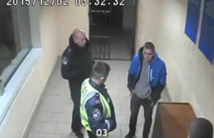 У Вінниці правоохоронці у відділку побили студента-інваліда