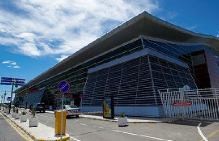 Українська авіакомпанія запускає польоти з Одеси до Тбілісі