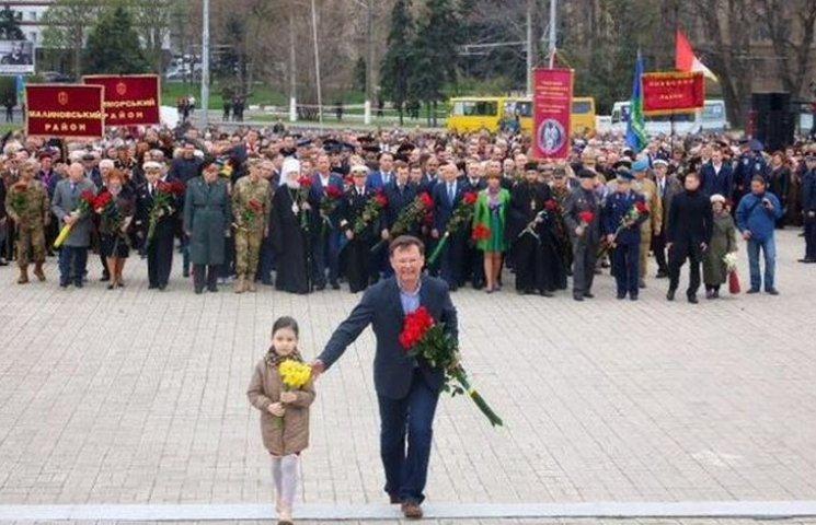 """Как Саша Боровик """"опустил"""" Труханова и ветеранов на торжествах в Одессе"""