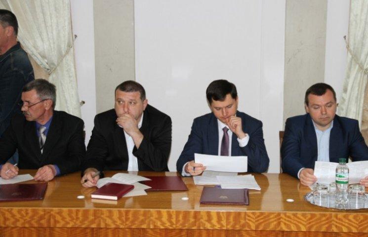 У Миколаєві встановили нові маршрути руху вантажівок
