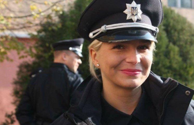 Співробітниця поліції перемогла в марафоні на 100 км