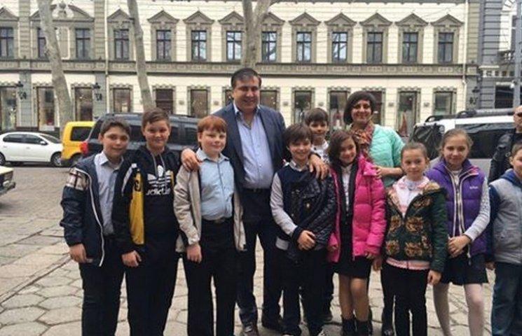 Саакашвілі похизувався тим, що для одеських дітей він популярніший за пам