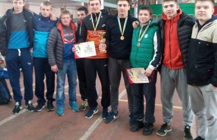 Южноукраїнські спортсмени завоювали повний комплект перемог з греко-римської боротьби