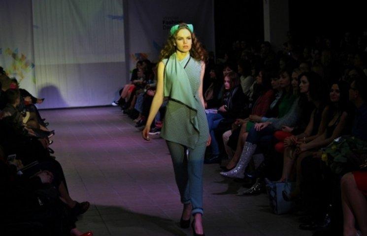 Вінницькі дні моди стартували показом трьох дизайнерок