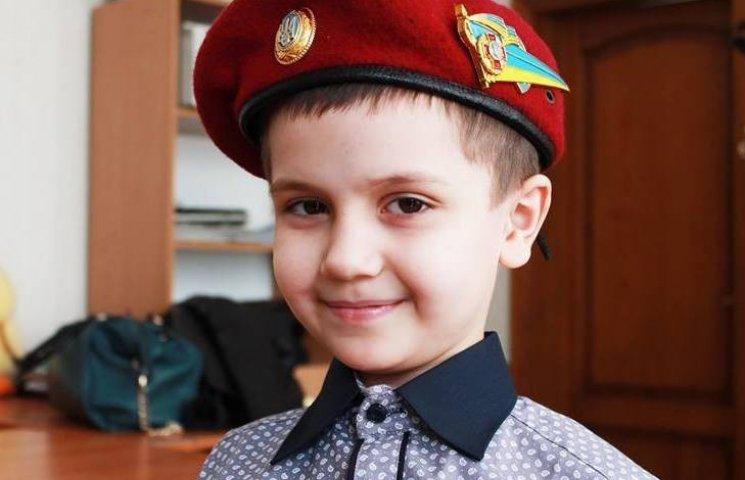 Волонтери знов збирають гроші на допомогу Денису Проценку
