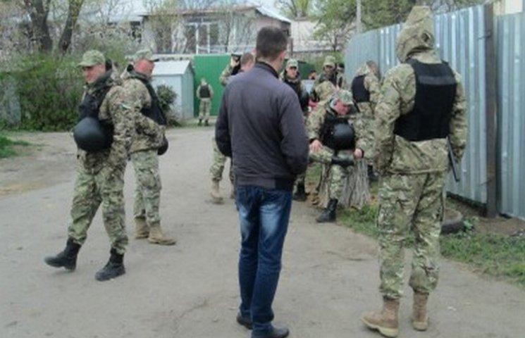 На одеситів, які виступили проти забудови парка, напали люди у військовій формі