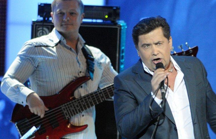 Гітарист улюбленої групи Путіна помер у Москві після жорстокого побиття