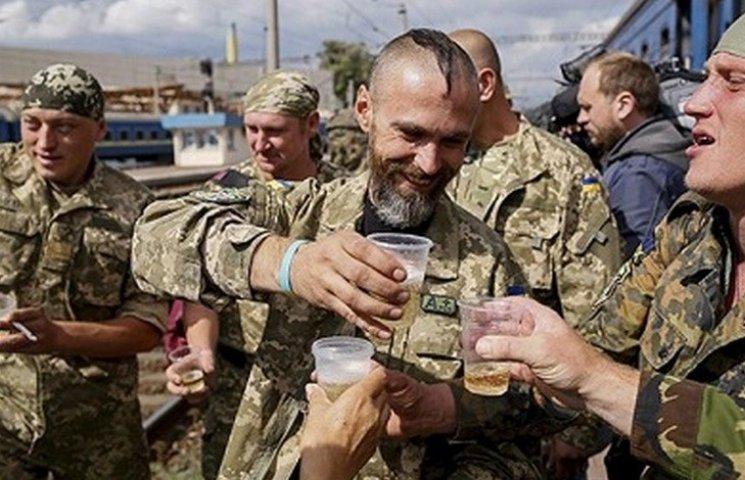 """Сотню добровольців до армії """"забракували"""" через алкоголізм"""