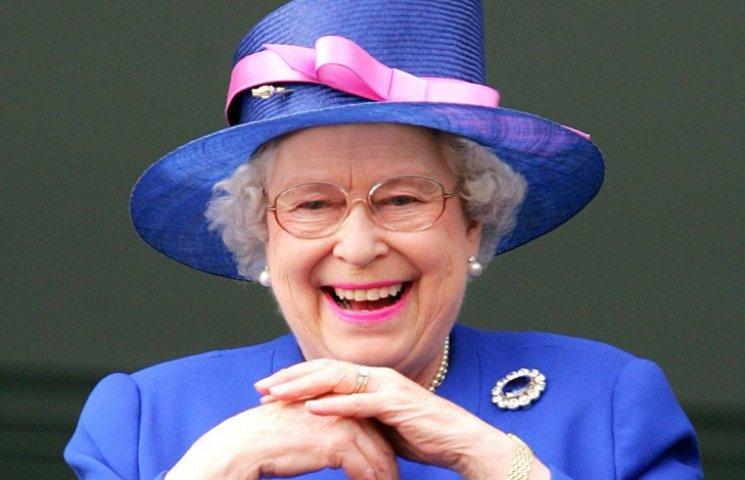 Як старіє Єлизавета ІІ: найяскравіші фото від дитинства і до сьогодні