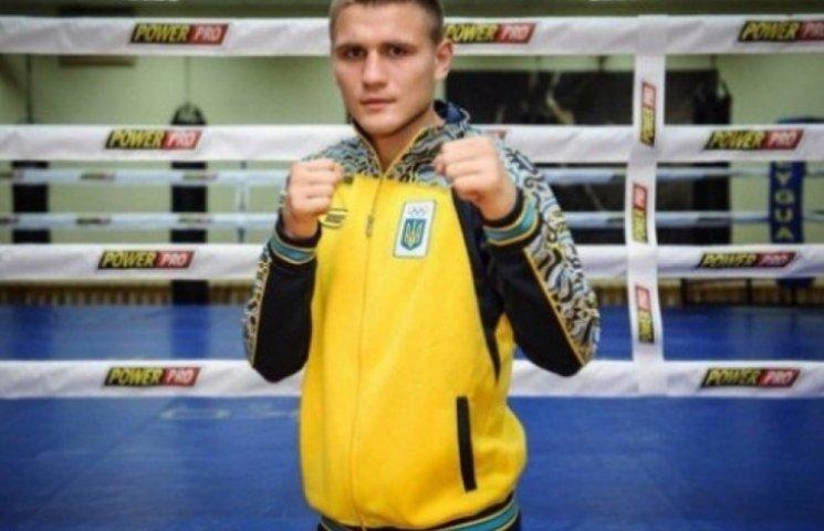 Одеський боксер виступить у чвертьфіналі Всесвітньої серії боксу