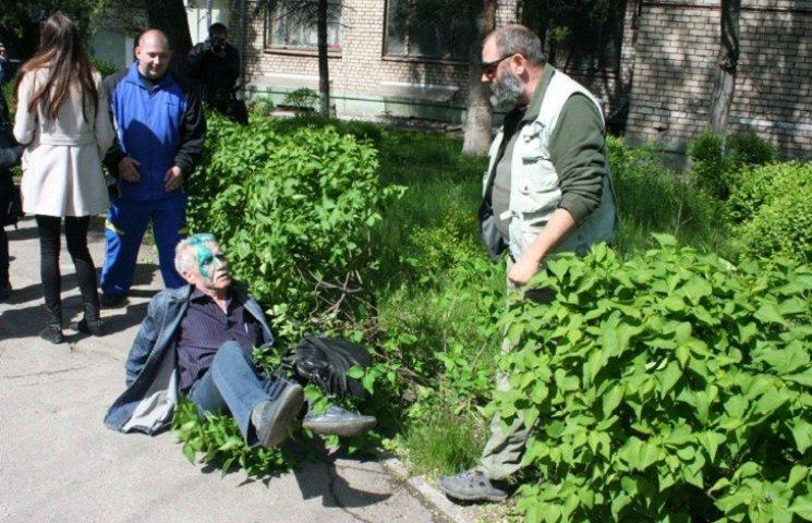 Як в Запоріжжі били пику сепаратисту-гастролеру Волзі (ФОТОРЕПОРТАЖ)