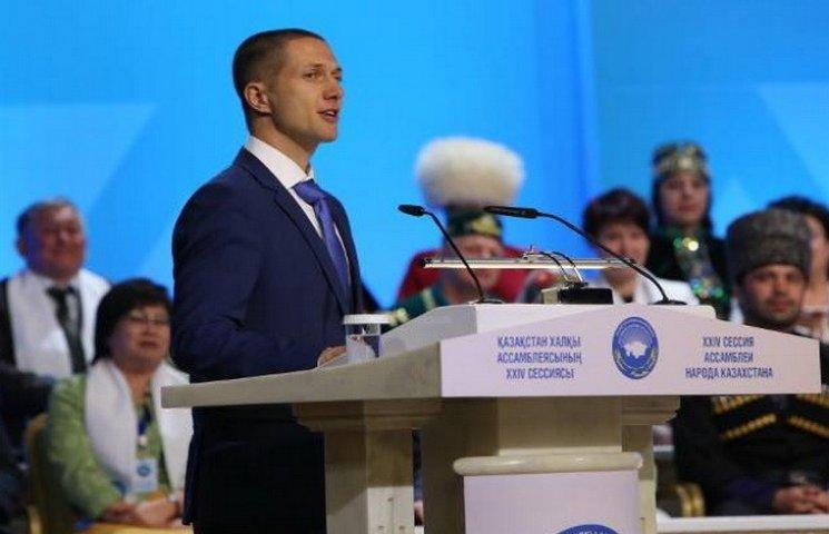 Назарбаєв призначив дніпропетровського воркаутера послом миру
