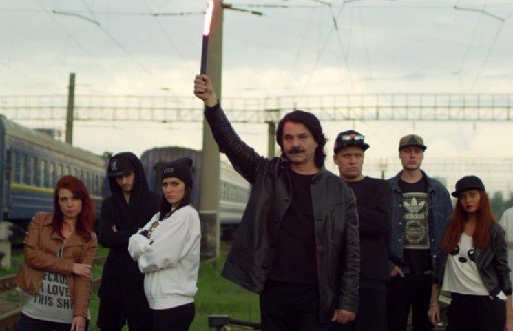 Відео дня: Репер Павло Зібров та заклики до дітей вмирати за Росію