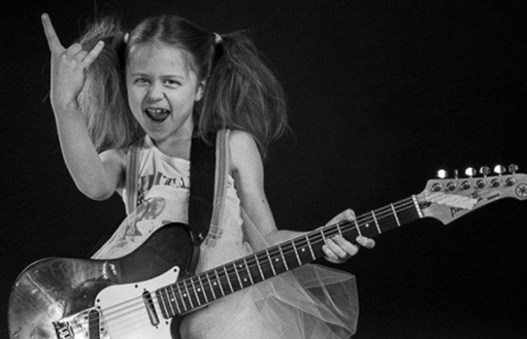 """Миколаїв """"сколихнуть"""" учасники дитячого рок-фестивалю """"Вічна молодість"""""""