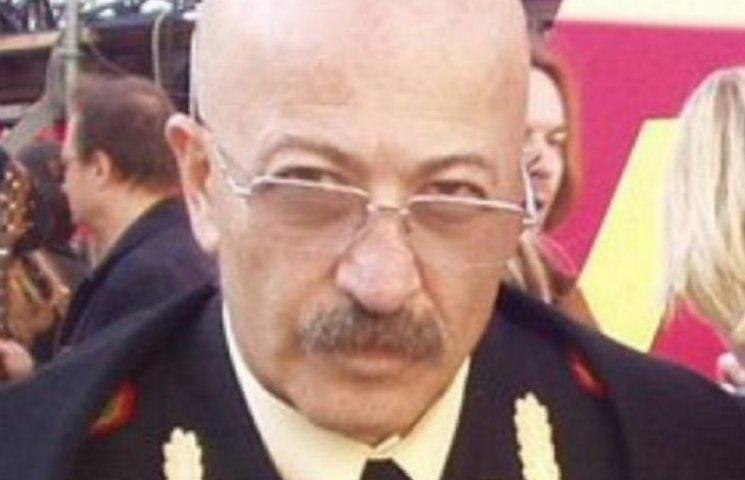 На России троллят Розенбаума, который надел форму ветерана