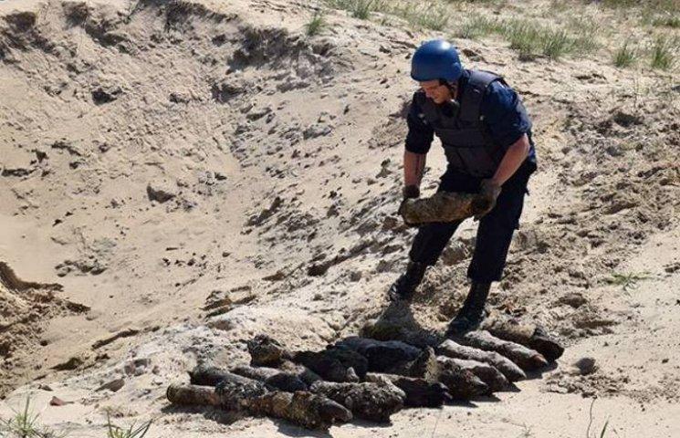 В заповідній зоні Кінбурнської коси знешкодили майже 500 артснарядів