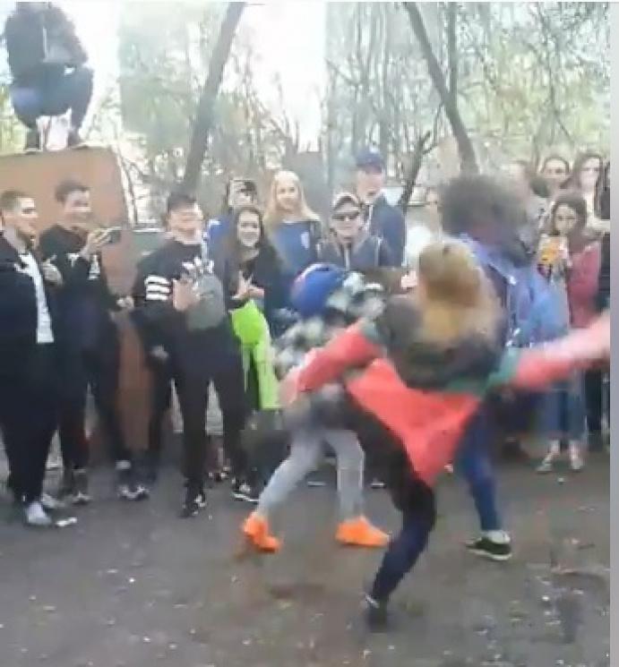 Видео Драки Девчонок