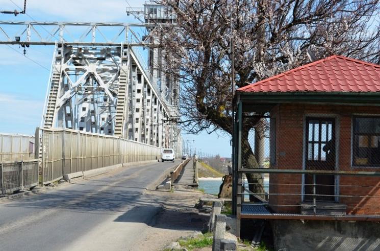 Ремонт мосту в Затоці планують поновити восени