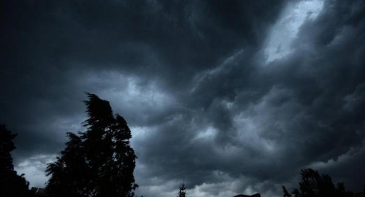 На Закарпатті оголошено штормове попередження через грози і вітер