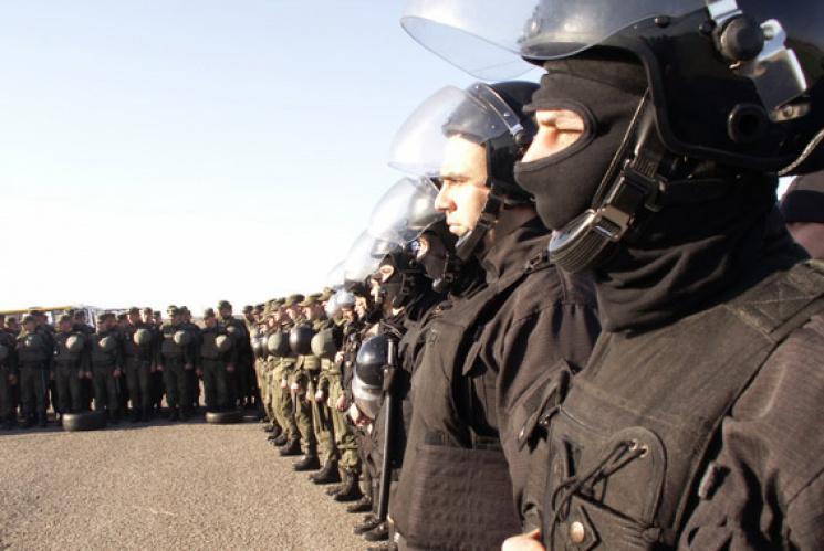 В МВД призвали украинцев не использовать в праздники георгиевские ленты