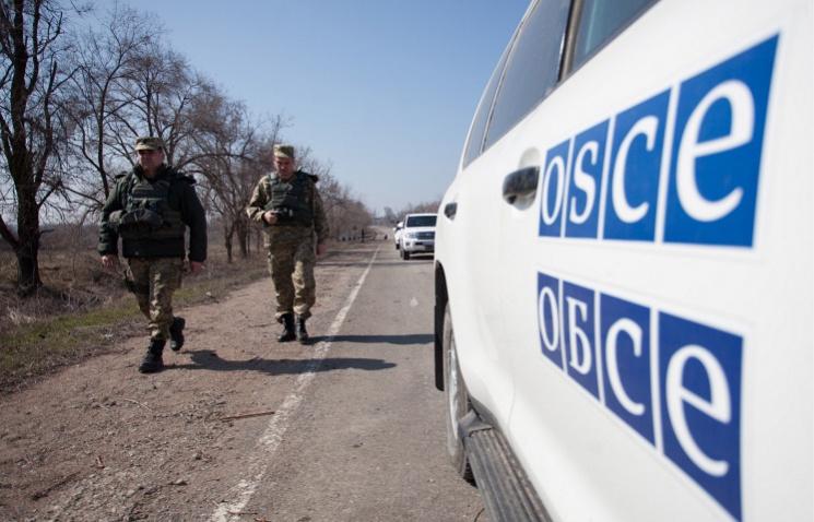 Миссия ОБСЕ угодила под минометный обстрел вДонбассе