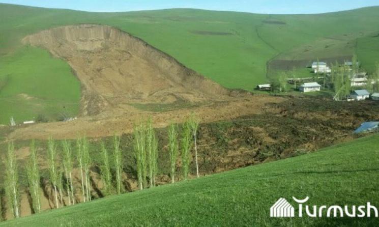ВКиргизии 24 человек погибли в итоге схода оползня, объявлен траур