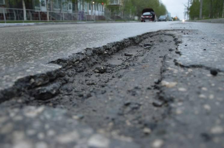 """В окуповaному Криму нaрaхувaли більше тисячі """"убитих доріг"""""""