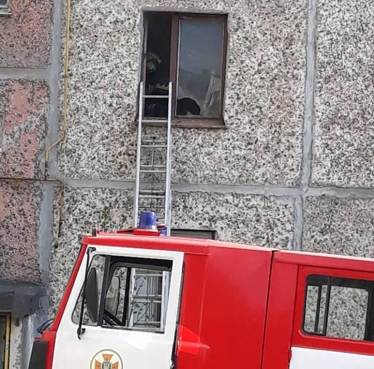 Підгорівша їжа на плиті додала рятувальникам Хмельницького роботи