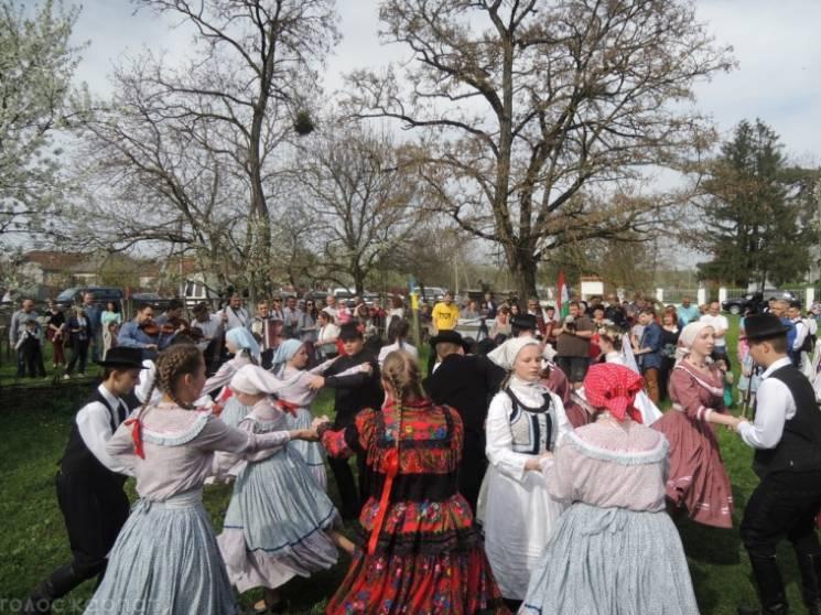 На Закарпатті відбувся Фестиваль весільних старост (ФОТО)