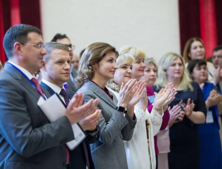 У вівторок Кропивницький відвідає Марина Порошенко