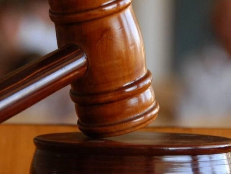 Криворіжця судять за поневолення людей у реабілітаційному центрі