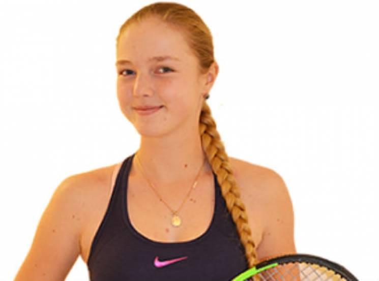 Гарненьку російську тенісистку дискваліфікували за вживання допінгу (ФОТО)