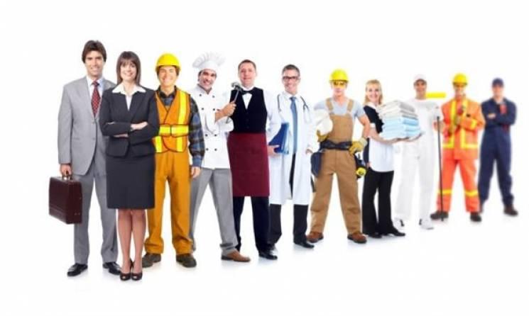 Понад 1200 безробітних пройшли навчання у центрах профтехосвіти Хмельниччини з початку року