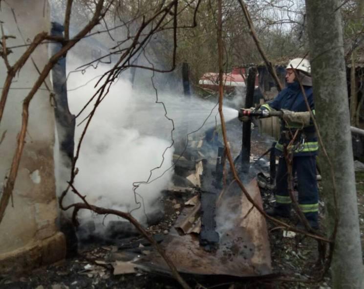 На Вінниччині рятувальники не дали розгорітися великій пожежі